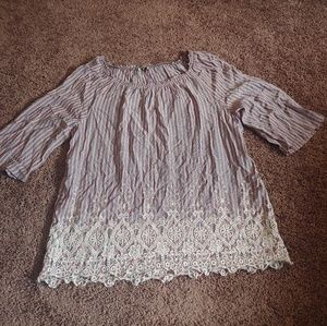 Open bluish/red striped lace bottom blouse